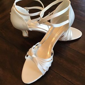 Brand new in box wedding shoes sandals wrap strap